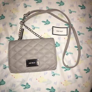 NWT!! Nine West gray crossbody purse